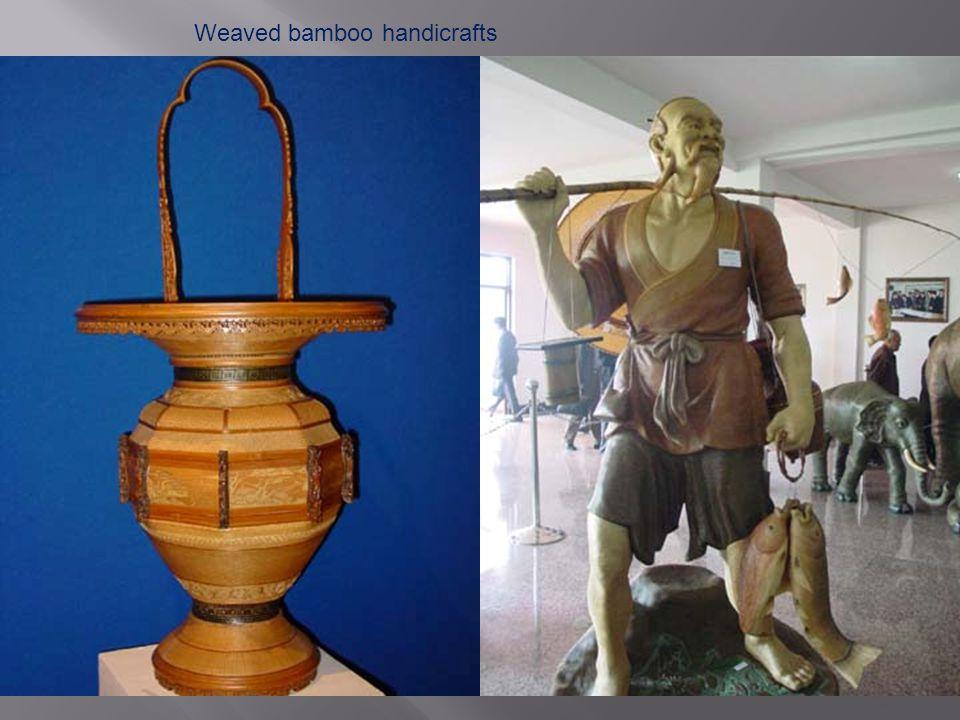 Weaved bamboo handicrafts