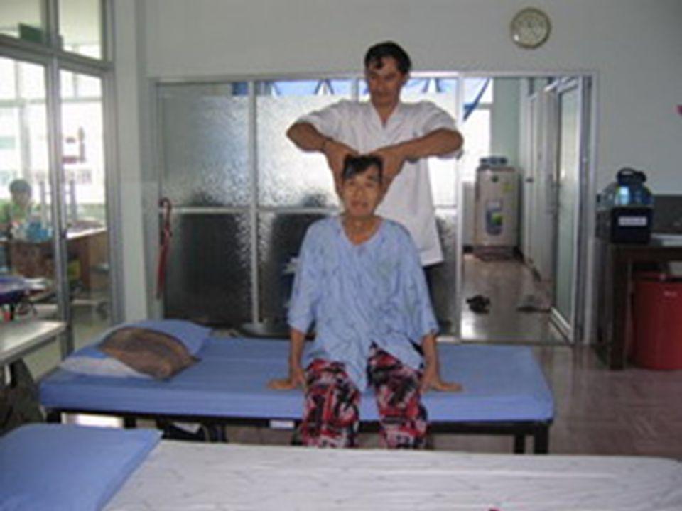 พนักงานนวดแผนไทยจำนวน 10 คน